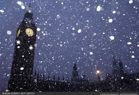 photos-a-heavy-snowfall-cripples-london-photo-essays-time_1233707838307