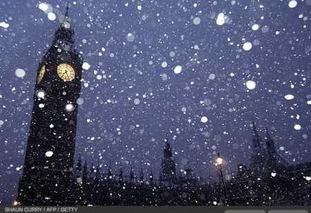 photos-a-heavy-snowfall-cripples-london-photo-essays-time_1233707838307